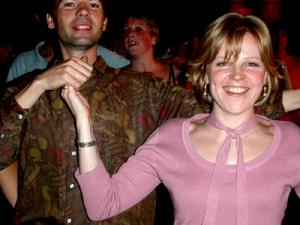 couple_dancing_at_ceilidh